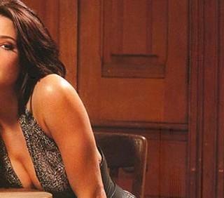 Ashley Greene sexy su Esquire, parla di Breaking Dawn II