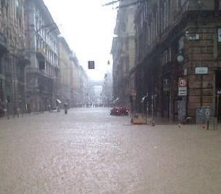 Alluvione a Genova: due donne e tre bambini le vittime
