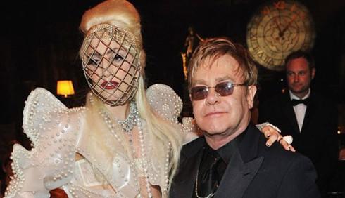 Lady Gaga con Elton John, presto il duetto