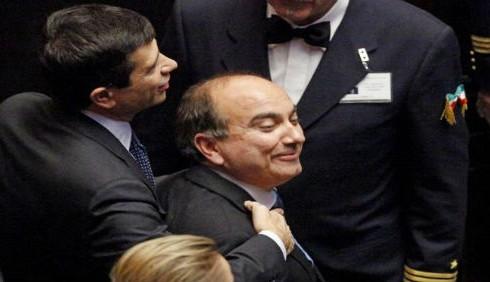 Domenico Scilipoti contro Paola Concia: lesbiche come ladri