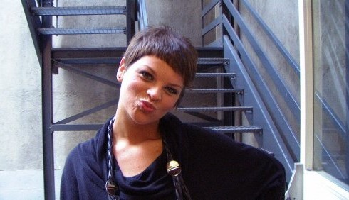 Alessandra Amoroso, furia con i fan