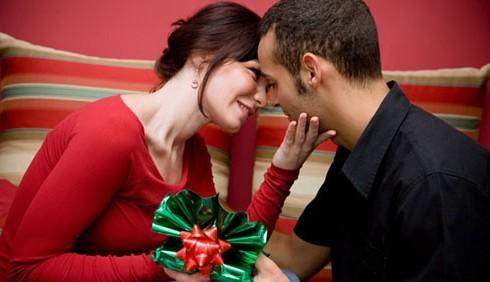 Natale 2011 low cost per le mogli, ricco per le amanti