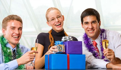 Natale 2011: cosa regalare ai colleghi di lavoro?