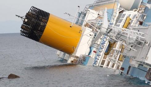 Naufragio Concordia, caos sui dispersi