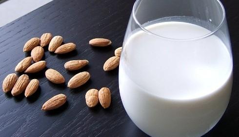 Intolleranza al lattosio: alternative e ricette di dolci