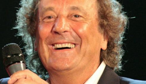 Sanremo 2012: il cast ed Enzo Iacchetti inferocito