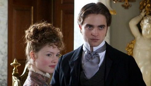 Holliday Grainger: Robert Pattinson non si è montato la testa