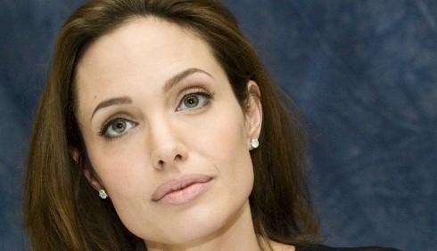 Berlino, terza giornata con Angelina Jolie