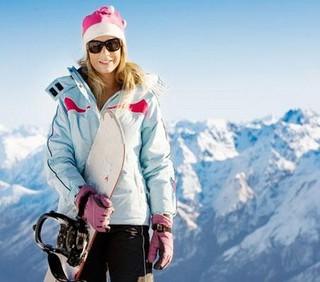 Allenamento con gli sci per tenersi in forma
