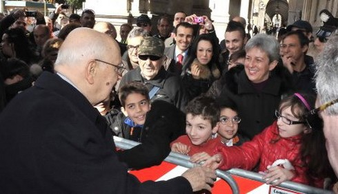 Giorgio Napolitano contestato a Cagliari
