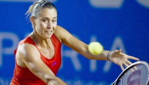 Tennis, WTA Acapulco: Flavia Pennetta supera il primo turno