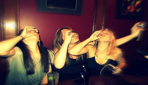 Binge drinking: troppo alcol per i giovani