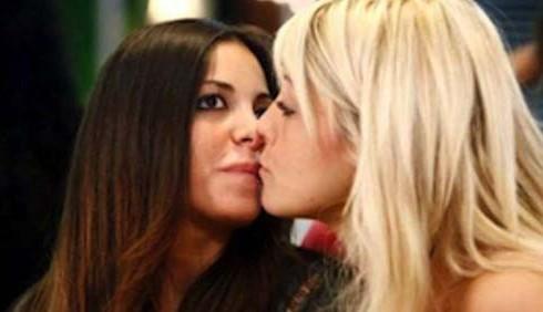 GF12: Ilenia Pastorelli e Gaia Bruschini fanno pace