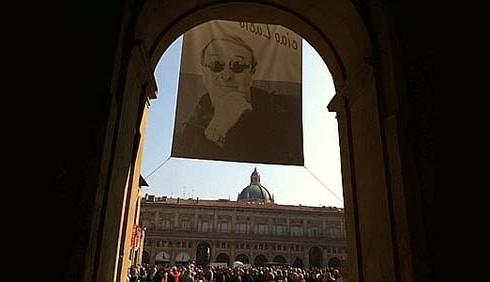 Lucio Dalla, i funerali domani