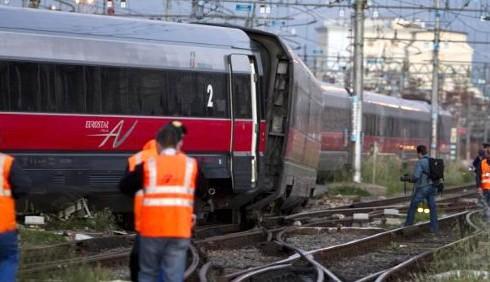 Roma, scontro fra due treni alla stazione Termini