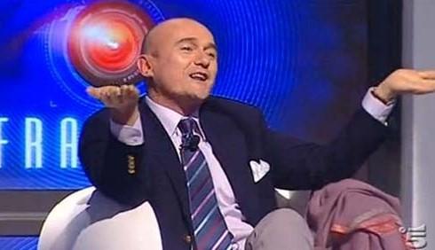 GF12: Alfonso Signorini sostiene il televoto falsato