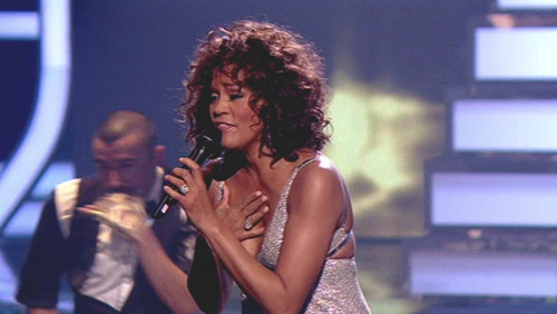 Whitney Houston: qualcuno ha nascosto la cocaina?