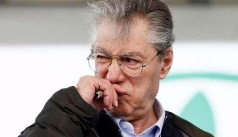 Umberto Bossi indagato per truffa ai danni dello Stato