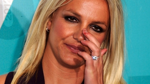 Britney Spears: dita insanguinate e cellulite per X-Factor