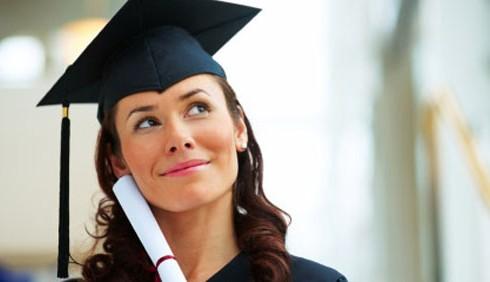 Giovani laureate italiane: precarie ma più brave