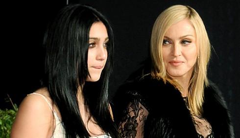Madonna nega il tour a Lourdes Leon, vendetta per le sigarette