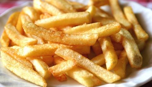 Le patatine fritte surgelate fanno male alla salute?