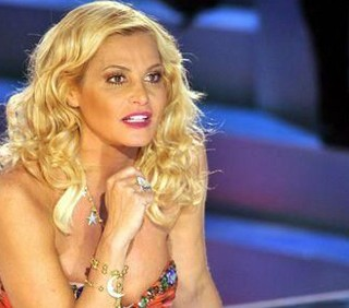 Rubygate: Simona Ventura assolta dalle accuse di Emilio Fede