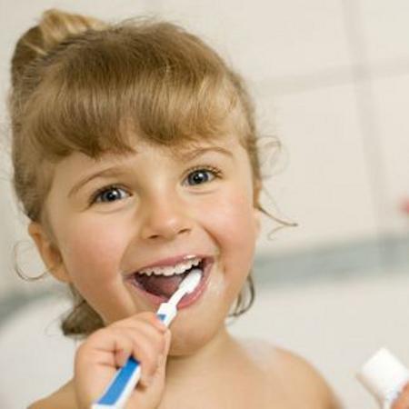 Quando lavarsi i denti può essere un gioco diredonna