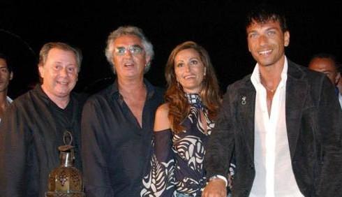 Flavio Briatore chiude il Billionaire, Daniela Santanché disperata
