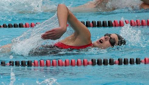 Perdere peso con il nuoto è possibile?