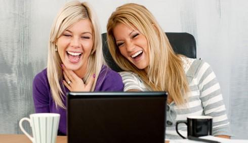 Gossip in ufficio? Arriva via email