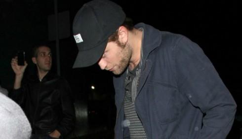 Robert Pattinson escluso dal bus di Katy Perry e Justin Bieber