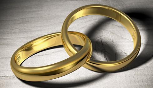 Donne sposate e corteggiamento su Internet