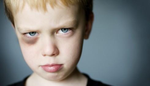 Minori: come proteggerli dai pericoli fuori casa?