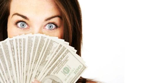 Le peggiori abitudini che pregiudicano lo stipendio