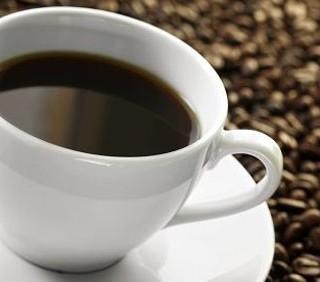 Via libera alla caffeina in gravidanza