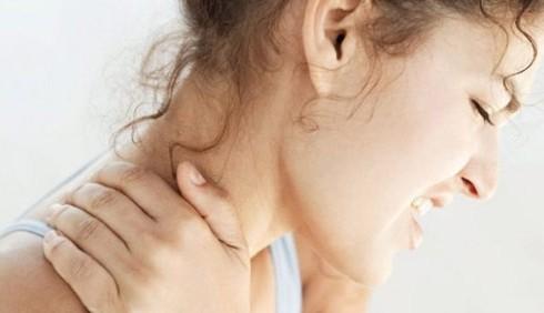 Curare la cervicale, come fare?