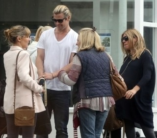 Sienna Miller e Chris Hemsworth: incontro casuale a Londra, foto