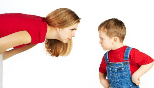Educare i figli: lo schiaffo è sempre da evitare?