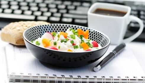 Dieta scorretta? Produttività sul lavoro a rischio