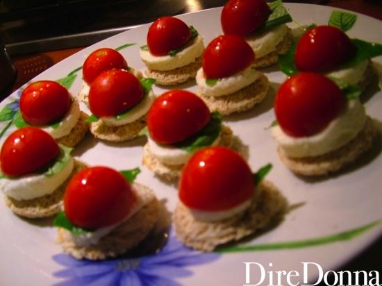 pomodorino sul basilico