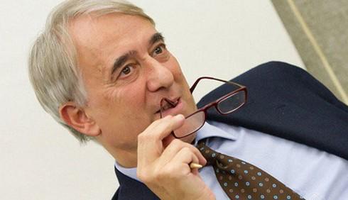 Adozioni per le coppie gay: il sindaco di Milano dice si