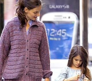 Katie Holmes e Suri Cruise a spasso per Manhattan