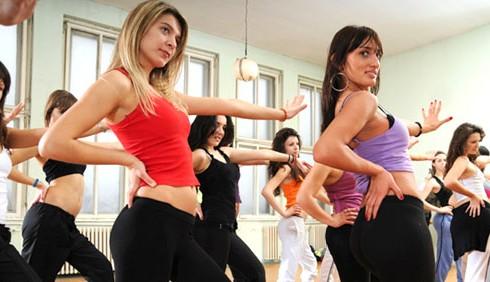 Zumba fitness e Pole dance trionfano in palestra