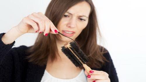 Rimedi contro la caduta dei capelli in autunno | DireDonna