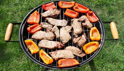 Idee per una grigliata di carne e verdure