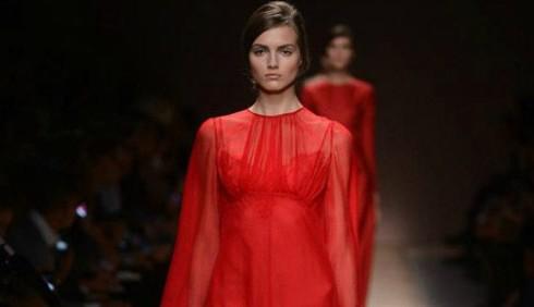 Parigi Fashion Week: eleganza e classe per Valentino