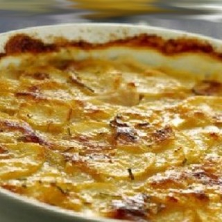 Gratin di patate Re Sole: ricetta con besciamella al curry