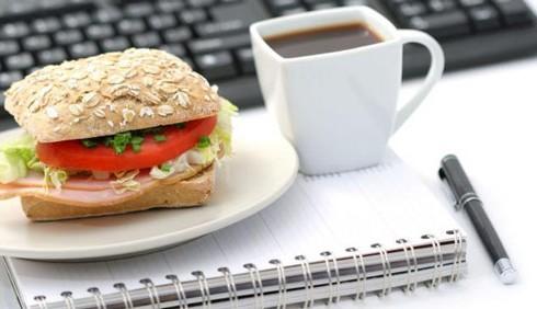 10 regole del galateo in ufficio