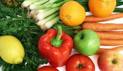 Una dieta con frutta e verdura per prevenire la SLA